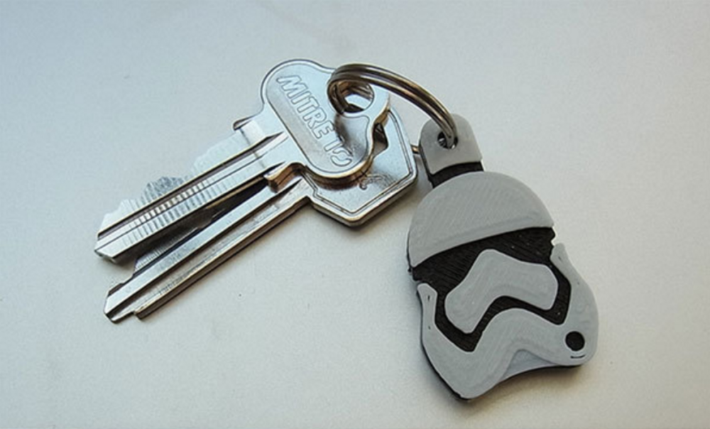 3dp_ten3dpthings_stormtrooper_keychain-e1450910190834